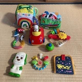 赤ちゃんおもちゃ☆ひとつ50円☆まとめての方お値引きします😊
