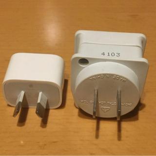 iPhone USBプラグ ハの字コンセントとハの字からの変換プラグ