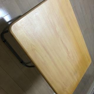 折りたたみダイニングテーブル