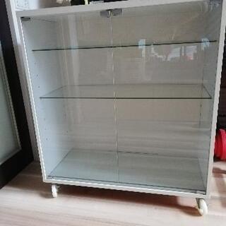 ガラス稼働棚(3段)