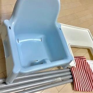 IKEA ハイチェア/クッション、トレイ付き