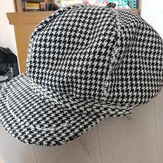 千鳥格子の帽子
