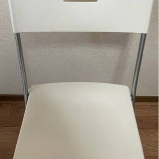 IKEAホワイト椅子 無料