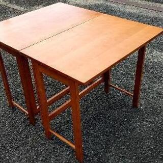 小さめフォールディングテーブル2脚セット