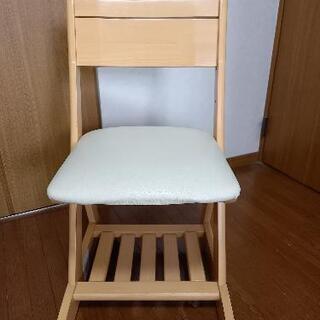 学習椅子   キャスター付。