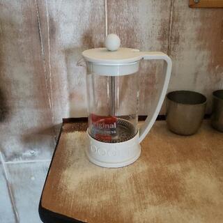 フィルターなしでコーヒー作るやつです