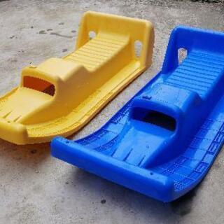 そり 2台 スノーボート