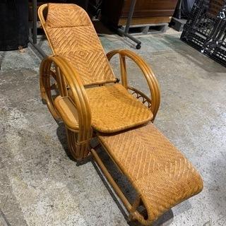 藤三つ折り寝椅子