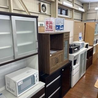 地域最大級の食器棚 カップボードのお取り扱い!大型食器棚から小型...