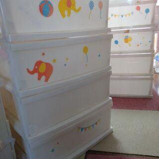 子供服収納タンス2個