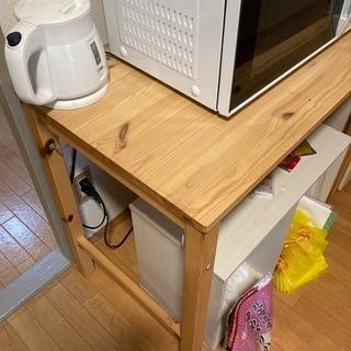 木の折り畳みテーブル