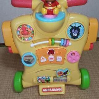 美品★アンパンマン乗って!押して!へんしんウォーカー