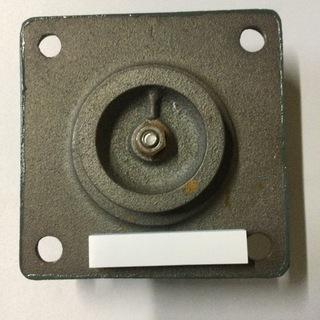 手押しポンプの 下台3、5寸
