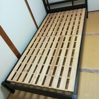 ニトリの組立式シングルベッドフレームを2500円でお譲りし…