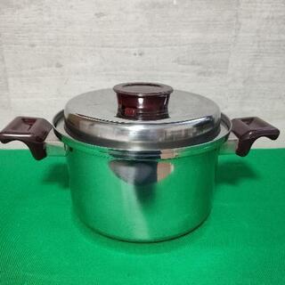 日本製 ステンレス両手鍋 蒸し器トレー付