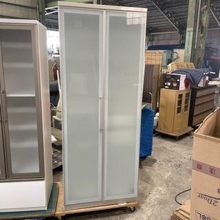 お洒落な収納棚 食器棚 棚 ガラス扉 高級家具 スライド式