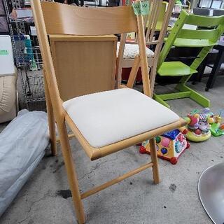 1022-012 【無料】折りたたみ椅子