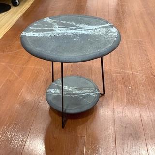和雑貨 サイドテーブル グレーを紹介します!!トレジャーファクト...