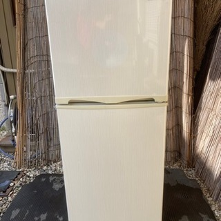 ABITELAX冷蔵庫138L(2015年製)
