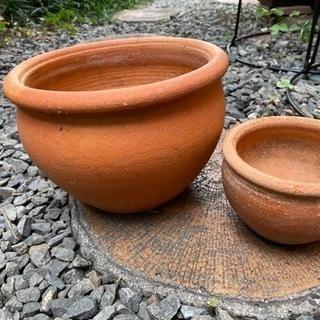素焼きのまるい植木鉢 (おまけ付き)