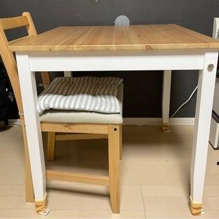 IKEAのダイニングテーブルと椅子(1つ)を無料で差し上げます