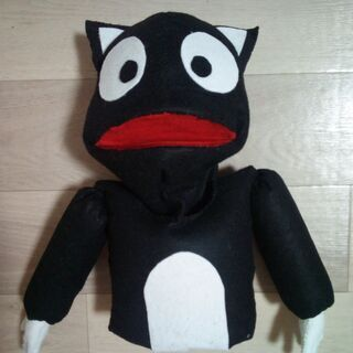 手作りのパペット(手人形)(白黒のネコ)