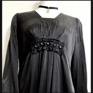 ꒰日本製꒱サテン ブラックビジューワンピース 黒 チュニッ…