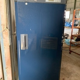 貯蔵冷蔵庫 味の新鮮蔵 435リットル