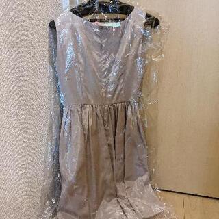 結婚式 二次会 ドレス シルバーピンク