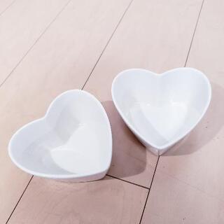 美品 ハート型 耐熱皿 2個