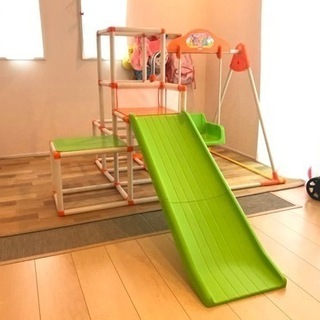 折りたたみ遊具(ジャングルジム、滑り台、ブランコ)