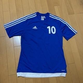 サッカーのシャツ