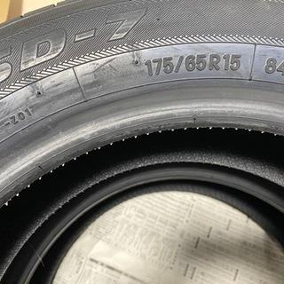 新品未使用タイヤ2本セット