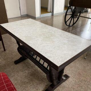 応接テーブル