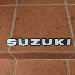 SUZUKI エンブレム