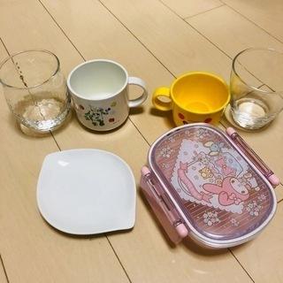 ピカチュウコップ、ワンワンコップ 小皿 幼児弁当箱 グラス