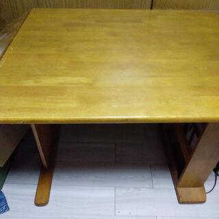 伸ばせるテーブル