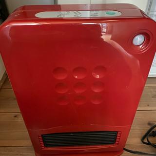 暖房 セラミックヒーター 800W 人感センサー     取引中