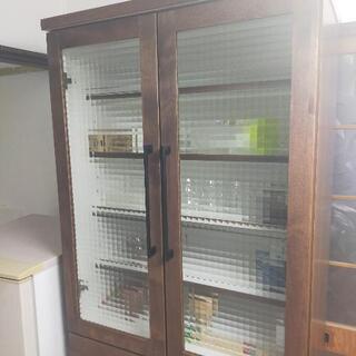 今村家具工芸 新品同様 おしゃれなカップボード 食器棚 本…