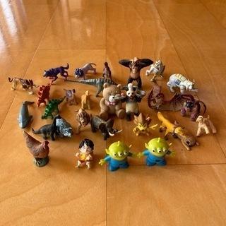 動物恐竜キャラクター色々な人形