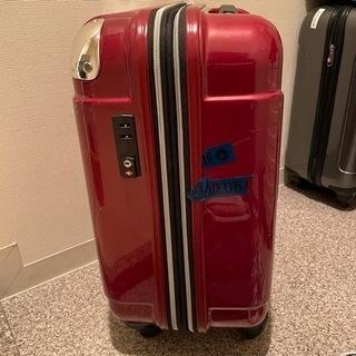 機内持ち込み可能サイズ キャリーケース 赤