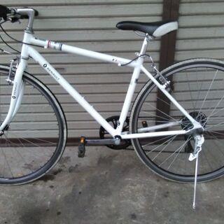 クロスバイク RENAULTルノー 700 アルミ 6段変…