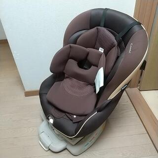 こコンビ 新生児からのチャイルドシート