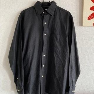 オーバーサイズ UNIQLO ブラックシャツ