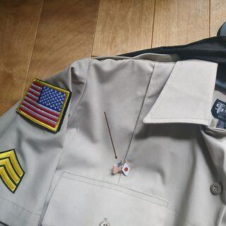 【超希少】米軍基地の警備員の装備 日米二国間友好ピンバッジ