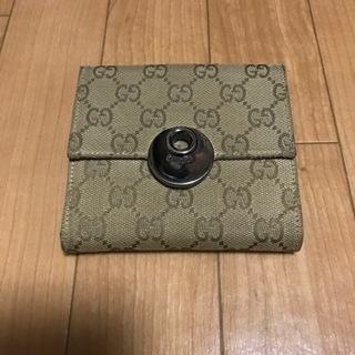 GUCCI二つ折財布