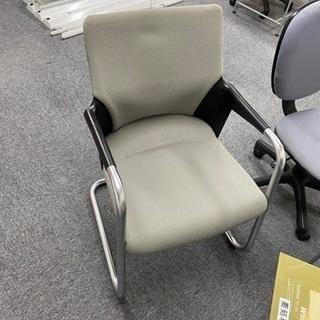 肘掛け付き椅子グレー