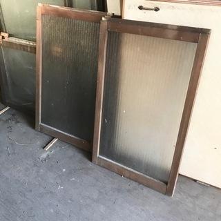 レトロな木製ガラス引戸 ガラスサッシ 2枚 型板ガラス 銀…