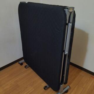 札幌引き取り限定 折りたたみベッド2
