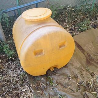 黄色のタンク蓋なし